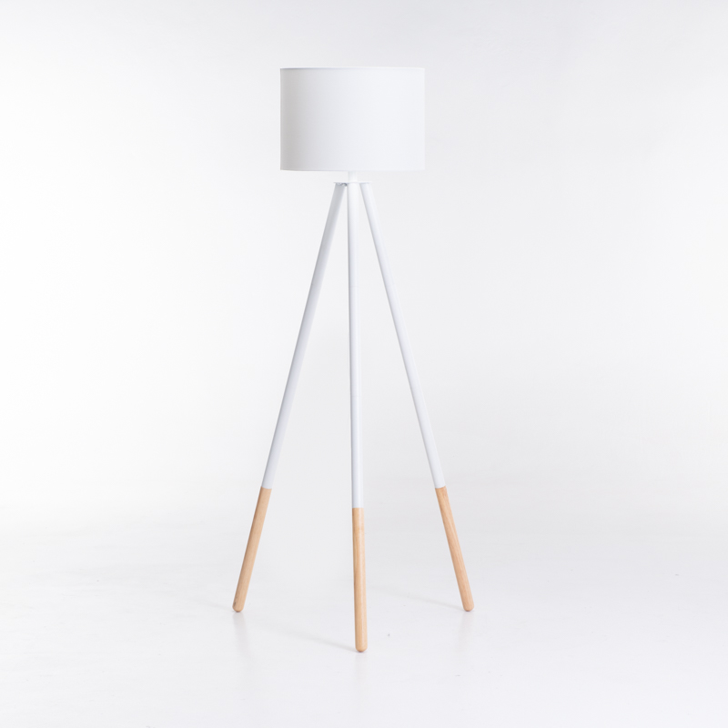 LAMP FLOOR WOODEN TRIPOD WHITE FABRIC SHADE 156cm